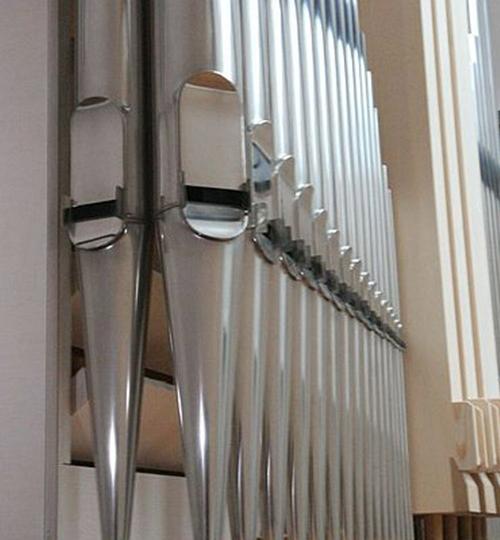 Haßfurt-Orgelsaal_hoch_01