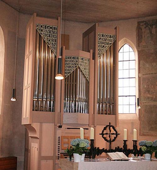 Riedheim-Ev-Kirche_hoch_08
