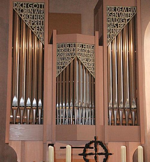 Riedheim-Ev-Kirche_hoch_09